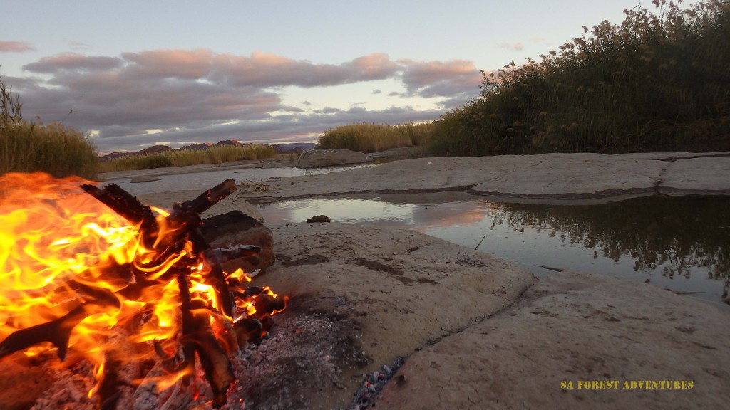 Sunset on our Orange River Rafting trip
