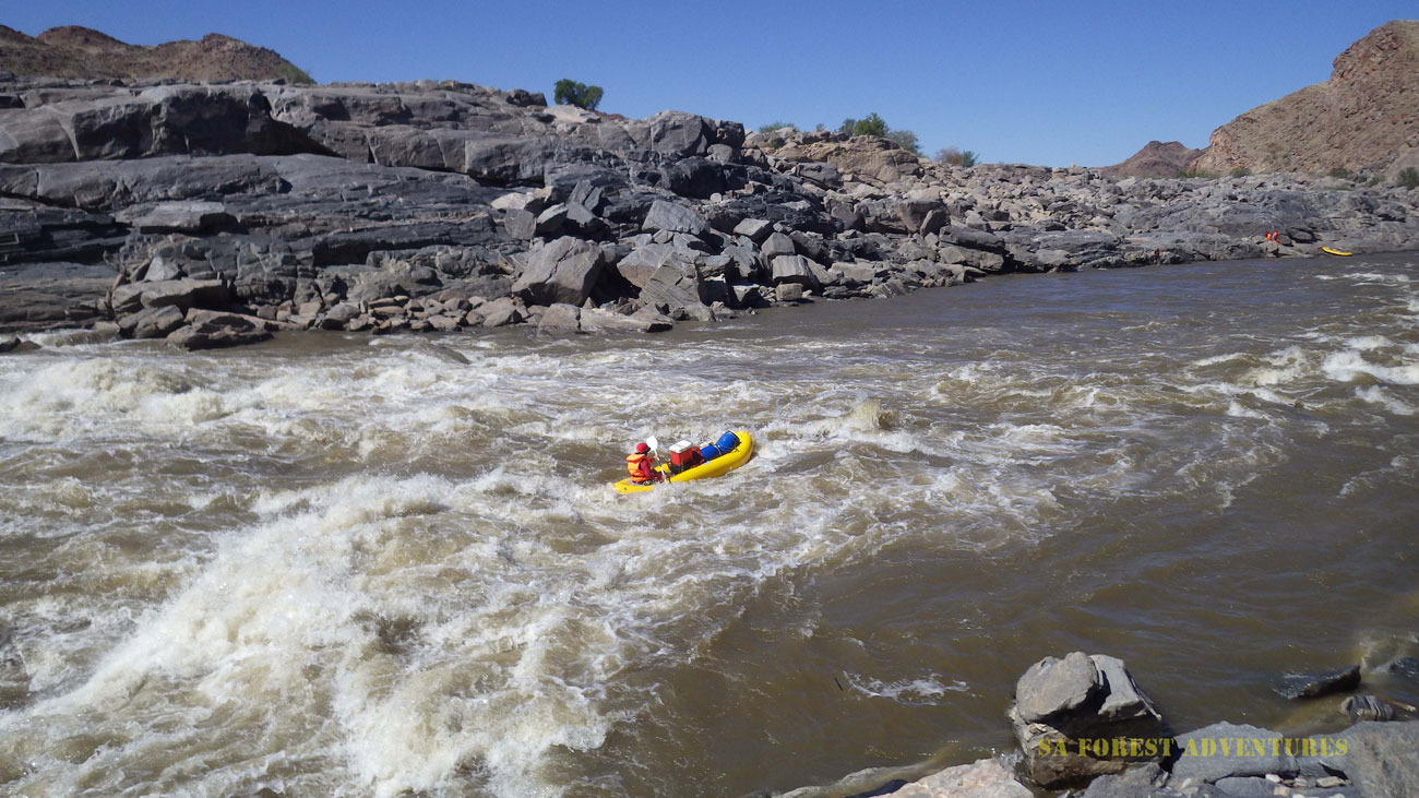 Orange river rafting - rapid